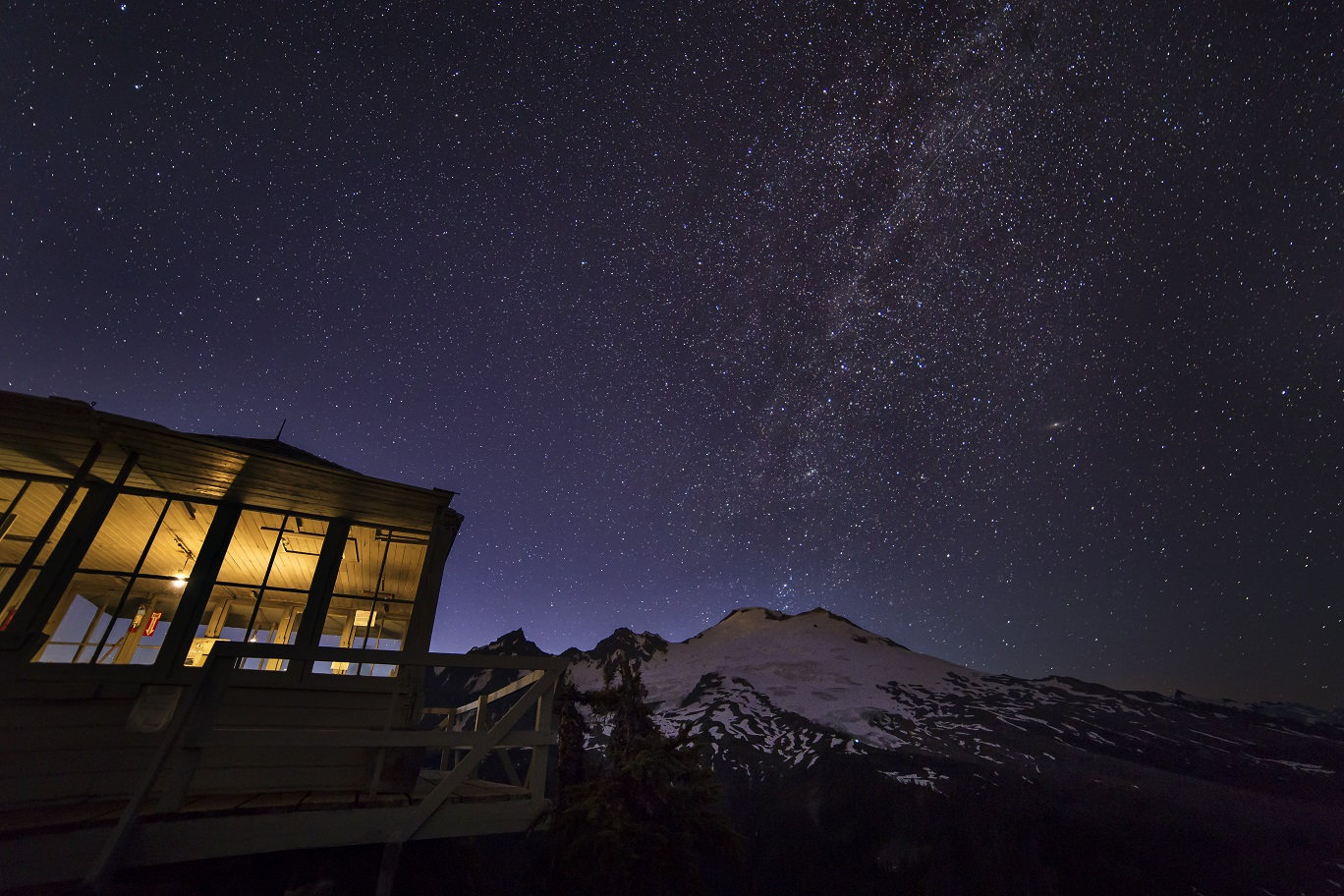 Park Butte Lookout and Mount Baker
